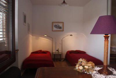 chambre2-pommier_baumann-zirgel